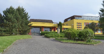 Skola 343x245